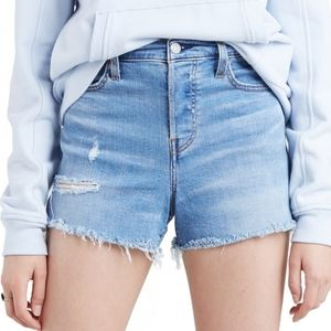 Levi's High-Rise Jean Shorts Size 10/W30